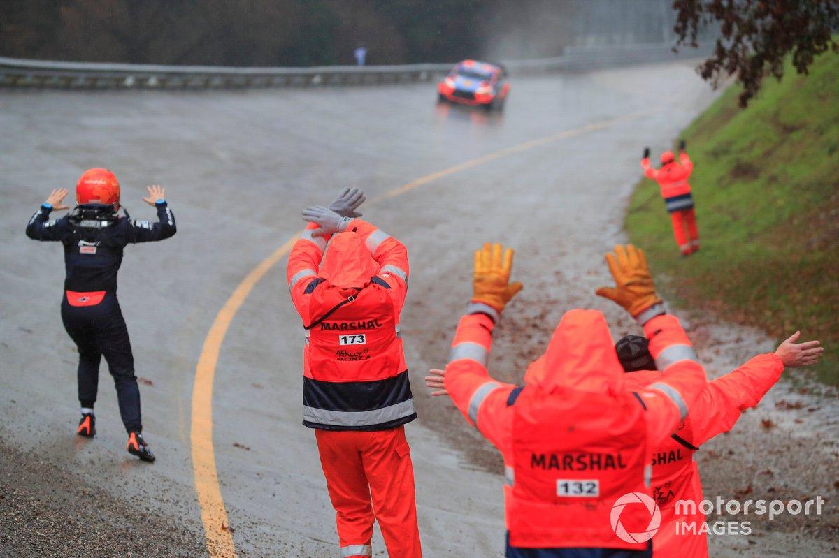 Nicolas Gilsoul and Ott Tänak, Martin Järveoja, Hyundai Motorsport Hyundai i20 Coupe WRC