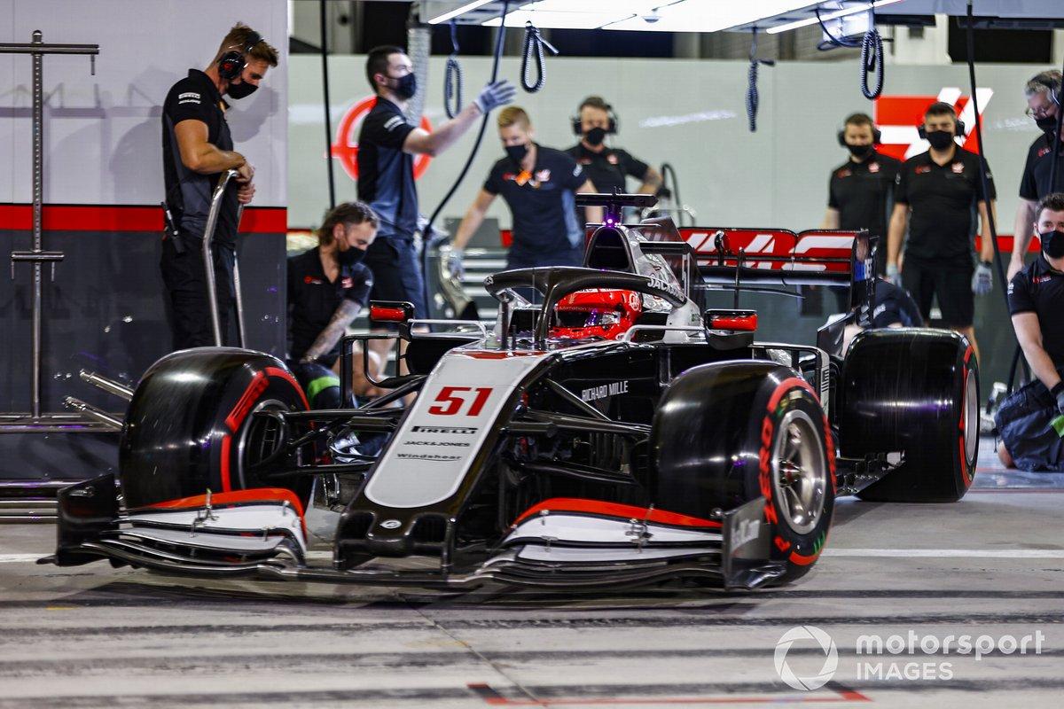 Pietro Fittipaldi, Haas F1 Haas VF-20, esce dal garage