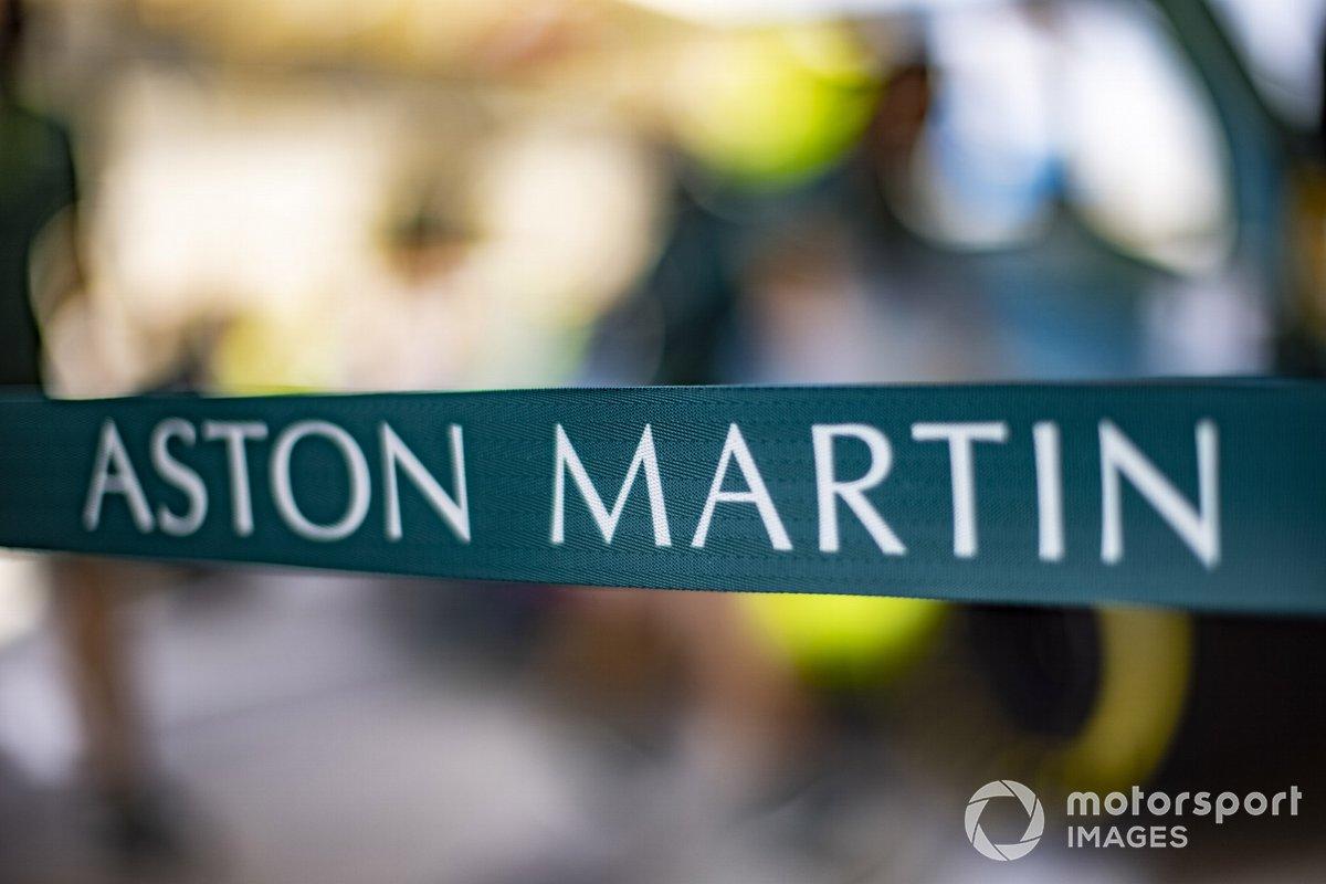 El logo de Aston Martin