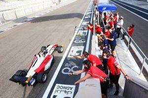 Guanyu Zhou, Abu Dhabi Racing by Prema, remporte le championnat de F3 Asie