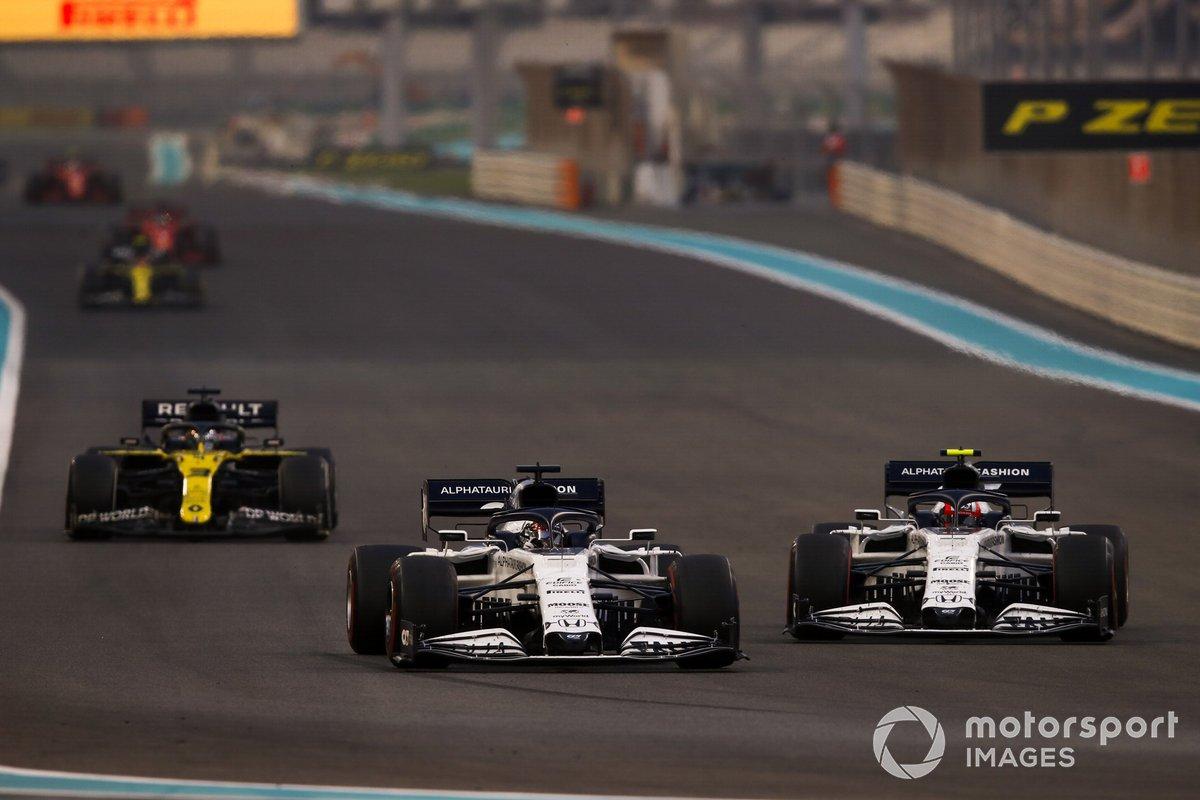 Daniil Kvyat, AlphaTauri AT01, Pierre Gasly, AlphaTauri AT01, e Daniel Ricciardo, Renault F1 Team R.S.20