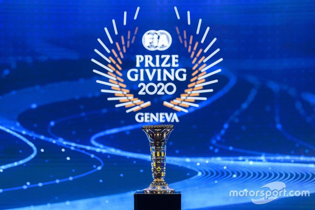 El trofeo del Mundial de constructores de F1 de la FIA