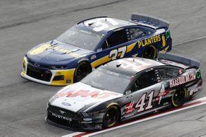 Cole Custer, Stewart-Haas Racing, Ford Mustang HaasTooling.com, Ryan Preece, JTG Daugherty Racing, Chevrolet Camaro Planters
