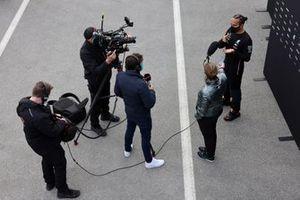Lewis Hamilton, Mercedes-AMG F1, is interviewed