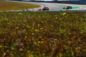 Шарль Леклер, Ferrari SF21, Даниэль Риккардо, McLaren MCL35M