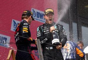 Max Verstappen, Red Bull Racing, Valtteri Bottas, Mercedes