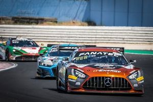 #87 AKKA ASP Mercedes-AMG GT3: Konstantin Tereschenko, Jim Pla