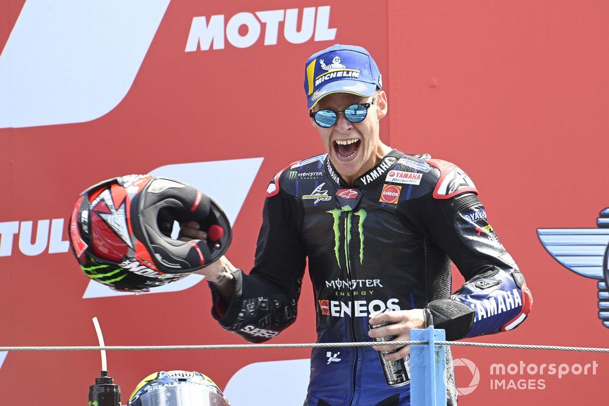 Podio: ganador de la carrera Fabio Quartararo, Yamaha Factory Racing