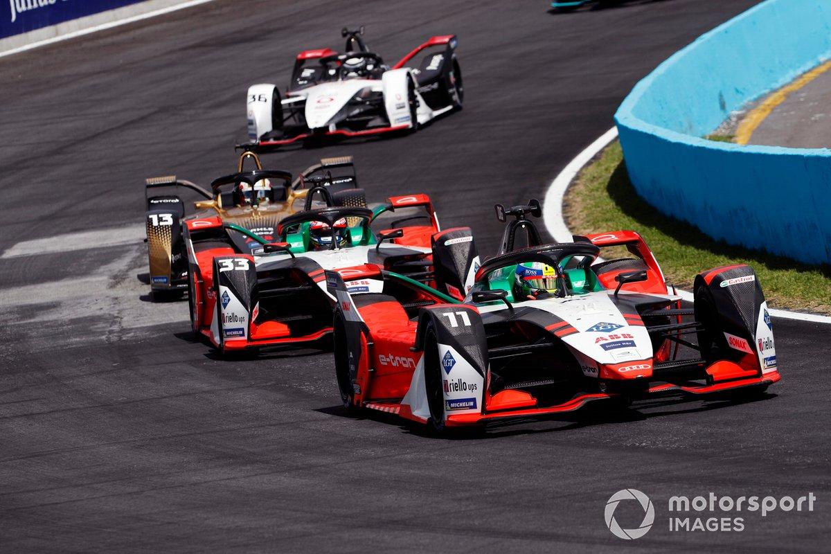 Lucas Di Grassi, Audi Sport ABT Schaeffler, Audi e-tron FE07, precede Rene Rast, Audi Sport ABT Schaeffler, Audi e-tron FE07, Antonio Felix da Costa, DS Techeetah, DS E-Tense FE21