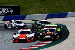 #32 Team WRT Audi R8 LMS: Dennis Lind, Dries Vanthoor, #7 Precote Herberth Motorsport Porsche 911 GT3 R: Klaus Bachler, Simona De Silvestro