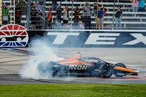 Patricio O'Ward, Arrow McLaren SP Chevrolet celebrates winning the XPEL 375