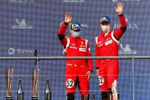 Podio: #52 AF Corse Ferrari 488 GTE EVO: Daniel Serra, Miguel Molina