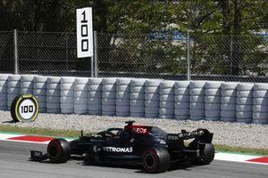 Lewis Hamilton, Mercedes W12. Hamilton takes his 100th pole position