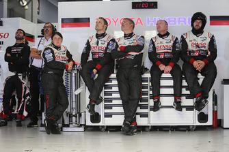 Jose Maria Lopez, Toyota Gazoo Racing with team members