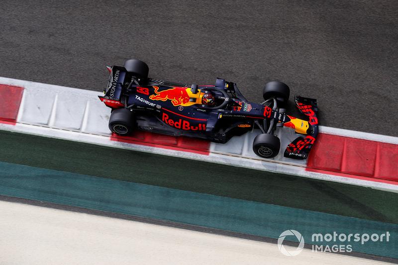 Max Verstappen, Red Bull Racing RB14: 1:37.947 (Ultrablando 2018)