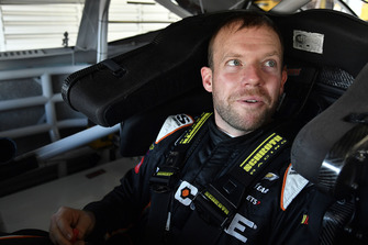 Regan Smith, Leavine Family Racing, Chevrolet Camaro Dumont JETS
