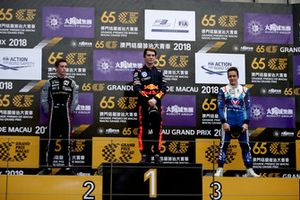 Podium: Race winner Dan Ticktum, Motopark Academy, second place Joel Eriksson, Motopark Academy, third place Sacha Fenestraz, Carlin