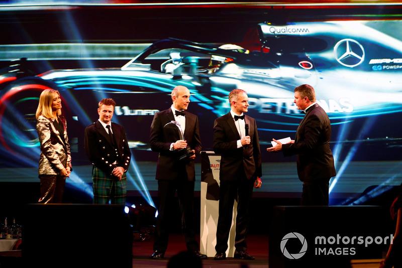 Voiture de course de l'année : Mercedes-AMG F1 W09 EQ Power+