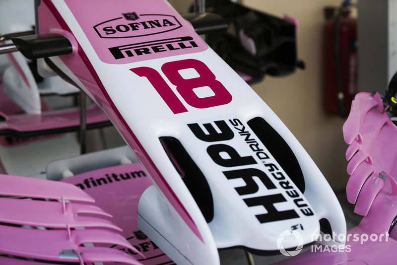 Le nez de la voiture de Sergio Perez Racing Point Force India VJM11
