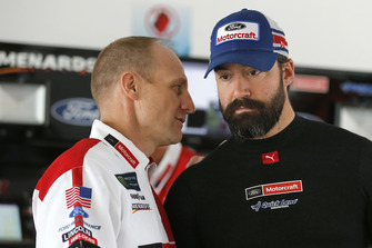 Paul Menard, Wood Brothers Racing, Ford Fusion Quick Lane Tire & Auto Center and crew chief Greg Erwin