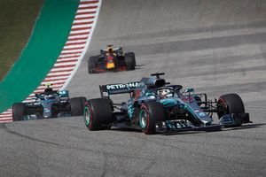 Lewis Hamilton, Mercedes AMG F1 W09 EQ Power+, leads Valtteri Bottas, Mercedes AMG F1 W09 EQ Power+, and Daniel Ricciardo, Red Bull Racing RB14