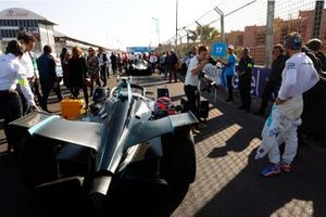 Gary Paffett, HWA Racelab, on the grid