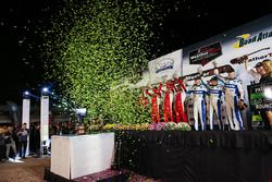 Podium: Ganador prototipos, #60 Michael Shank Racing with Curb/Agajanian Ligier JS P2 Honda: John Pe