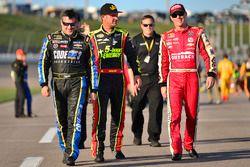 Tony Stewart, Stewart-Haas Racing, Chevrolet; Clint Bowyer, HScott Motorsports, Chevrolet, Kevin Har