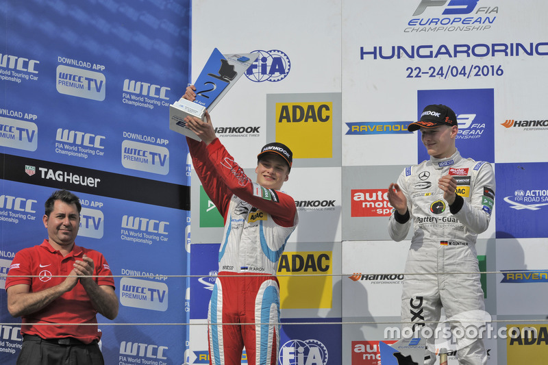 Podium : le deuxième, Ralf Aron, Prema Powerteam Dallara F312 – Mercedes-Benz; le vainqueur Maximilian Günther, Prema Powerteam Dallara F312 – Mercedes-Benz
