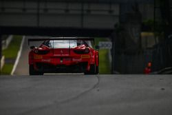 #111 Kessel Racing, Ferrari 458 Italia GT3: Stephen Earle, Bernard Delhez, David Perel