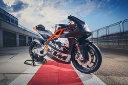 Detail motor Red Bull KTM Ajo Moto2
