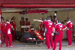 Sebastian Vettel, Ferrari SF15-T pruebas de neumáticos Pirelli 2017-spec