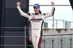 Podio: ganador Sven Muller