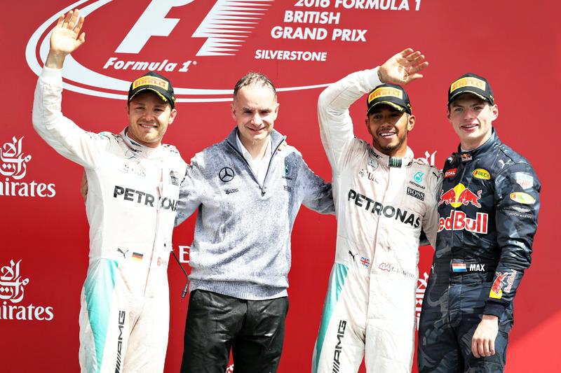 Podio de F1 en Silverstone 2016: 1. Lewis Hamilton, 2. Nico Rosberg, 3.Max Verstappen