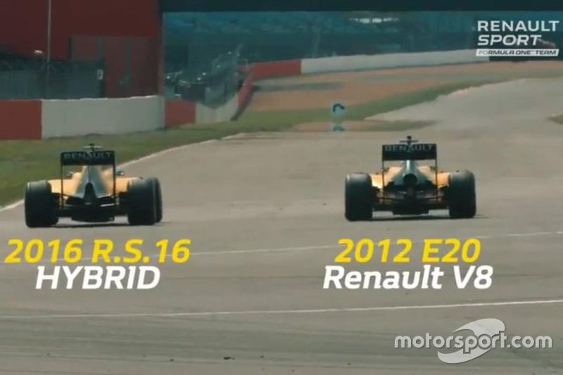 Renault faz corrida com carros antigos