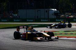 Antonio Giovinazzi, PREMA Racing precede Alex Lynn, DAMS