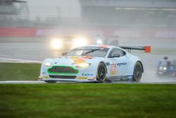 #96 Aston Martin Racing Aston Martin V8 Vantage : Roald Goethe, Stuart Hall, Richie Stanaway