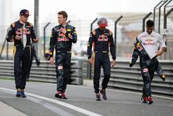 Max Verstappen, Scuderia Toro Rosso; Daniil Kvyat, Red Bull Racing; Carlos Sainz Jr., Scuderia Toro