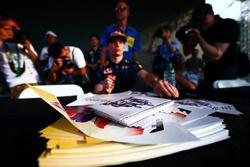 İmza kartları, Max Verstappen, Red Bull Racing