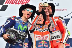 Podium: racewinnaar Marc Marquez, Repsol Honda Team, tweede plaats Jorge Lorenzo, Yamaha Factory Rac