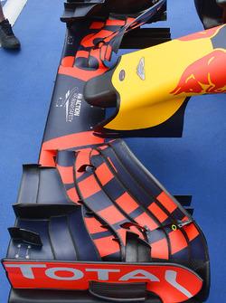 Les freins avant de la Red Bull Racing RB12