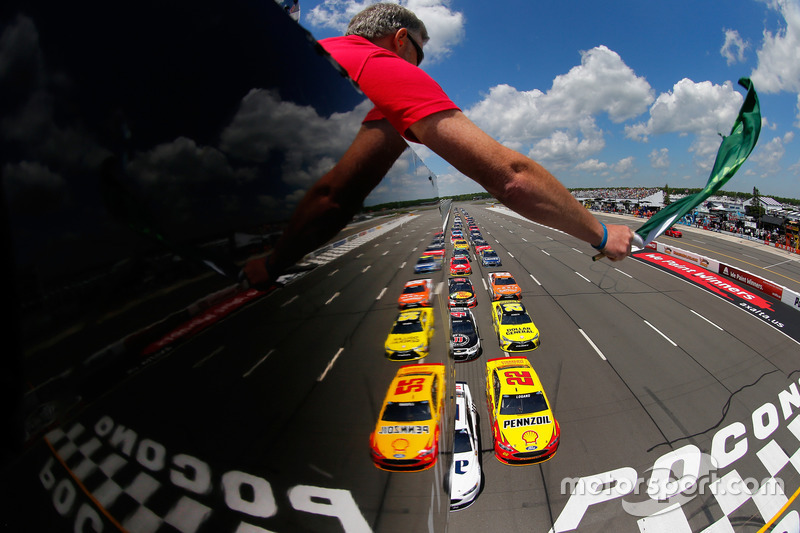 4. Start: Brad Keselowski, Team Penske Ford leads