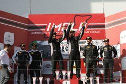 Podio Gara 1 GTCup: al secondo posto Del Prete-Caso, Victoria Speed M, i vincitori Curti-Curti, Ebim