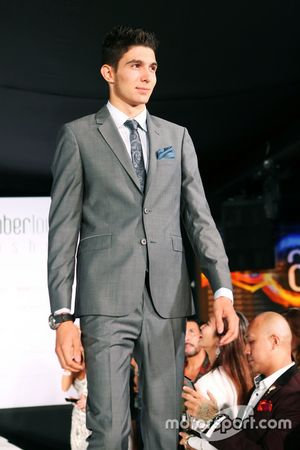 Esteban Ocon, Manor Racing au Amber Lounge Fashion Show.