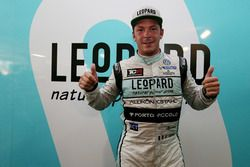 Pole position for Jean-Karl Vernay, Leopard Racing, Volkswagen Golf GTI TCR