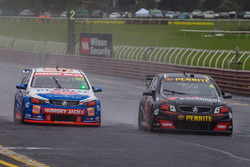 Shae Davies and Chris Van Der Drift, Erebus Motorsport Holden, David Reynolds and Craig Baird, Erebus Motorsport Holden