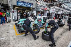 Pit stop for #23 Panis Barthez Competition Ligier JS P2 Nissan: Fabien Barthez, Timothé Buret, Paul-