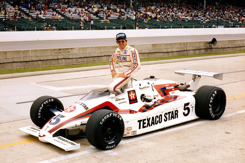 #67 Tom Sneva 1983