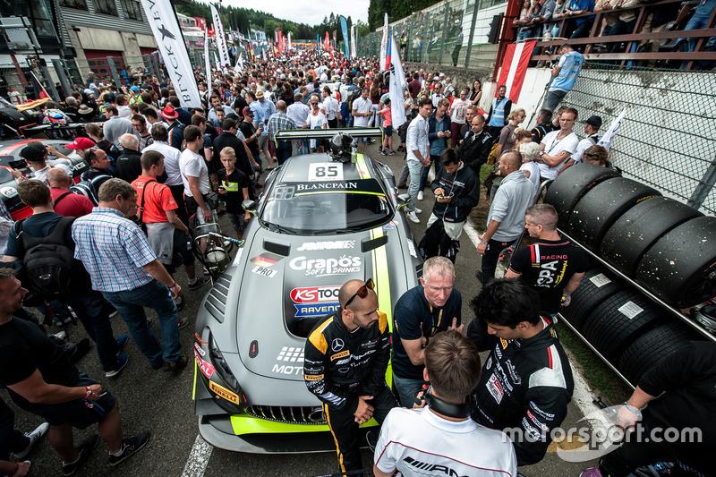 Parrilla de salida, #85 HTP Motorsport, Mercedes-AMG GT3: Luciano Bacheta, Indy Dontje, Clemens Schm