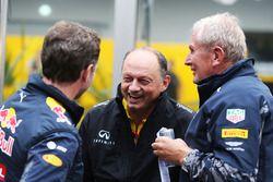 Christian Horner, Red Bull Racing, Teamchef; Frederic Vasseur, Renault Sport F1 Team, Renndirektor;